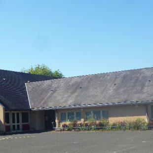 Gennes / Salle des loisirs